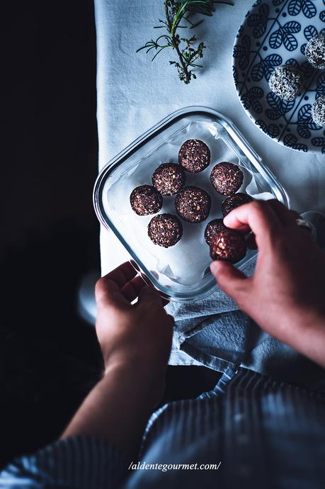 Oats, Cocoa & Cranberries Truffles   Effortless Natural Cooking 💚 +Video!
