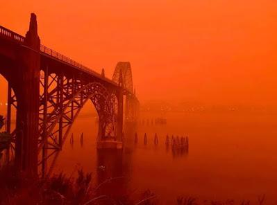 From Lincoln City to Mars and Back: Experiencing the Echo Mountain Fire at Lincoln City, Oregon