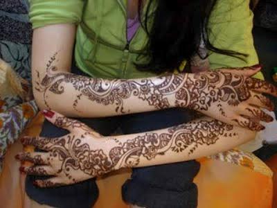 Latest Eid Mehndi Designs For Girls 2012
