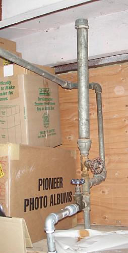 Primitive water hammer arrester
