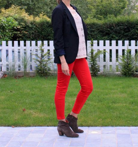 The red jeans