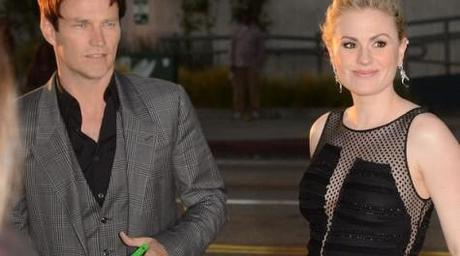 Stephen Moyer and Anna Paquin Premiere Of HBO's True Blood 5th Season - Red Carpet Jason Merritt Getty Images 6