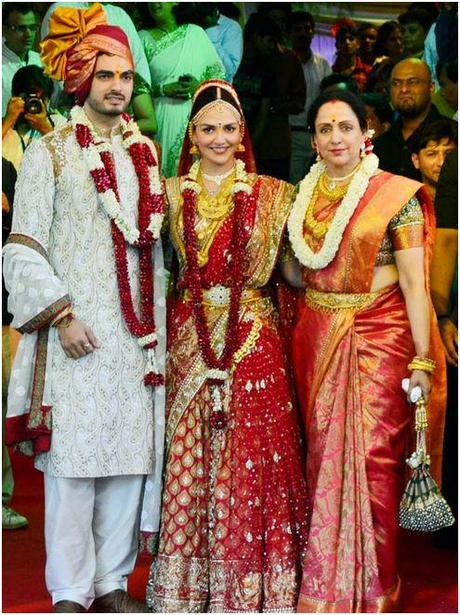Actress Esha Deol Married Businessman Bharat Takhtani