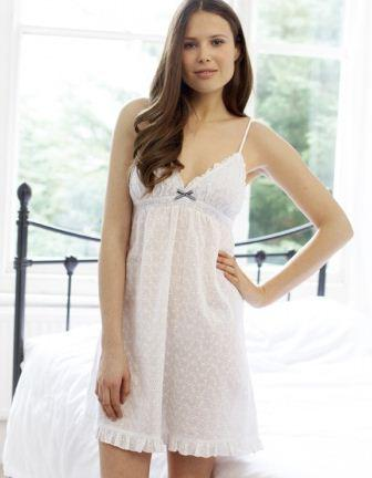 How to Choose Honeymoon Nightwear