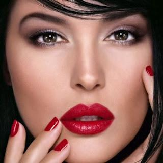 How To Wear Red Lipstick - Paperblog