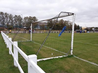 ✔735 Rockware Sports Ground