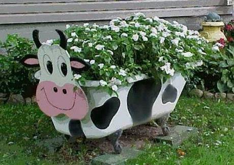 Ten Large Garden Planters Made With Recycled Things
