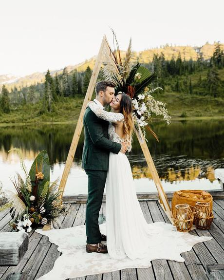 micro wedding venues boho ceremony on dock blakehogge