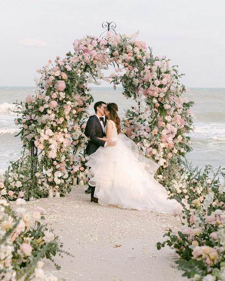 micro wedding venues flower altar ceremony on the beach kentanphoto