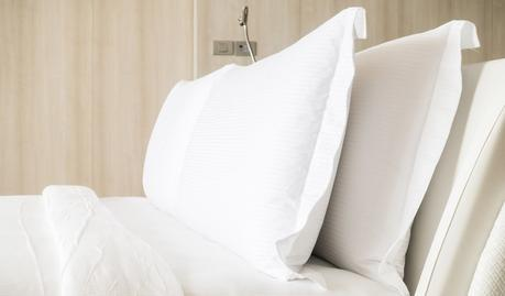 Feather Pillows Vs Down Pillows: What's the Difference?