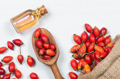 Top 10 Vegetable Oils For Skin and Hair | Fitness Yodha