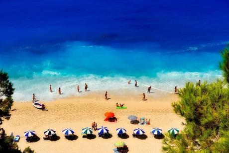 beach-ecotourism-picnic-sea