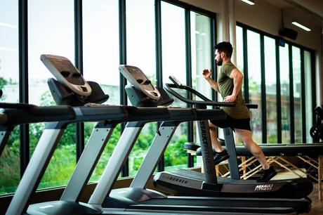 A Guide to Going to the Gym During Covid-19