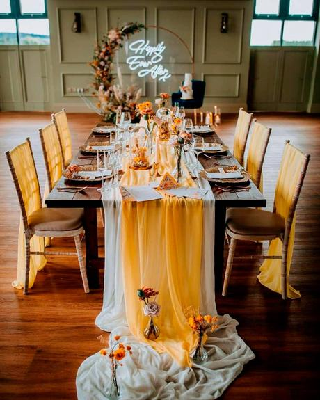 how to choose wedding colors table decor lines
