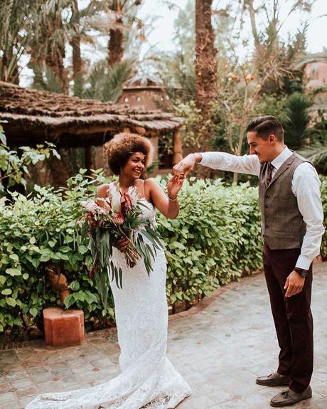 how to choose wedding colors bride groom dark skin tone