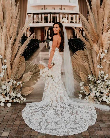 how to choose wedding colors boho bride