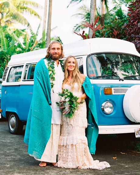 how to choose wedding tropical style