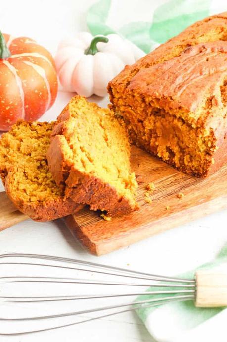Vegan Pumpkin Bread (Healthy + Easy)
