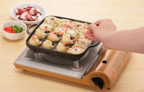Best Takoyaki pan: Iwatani