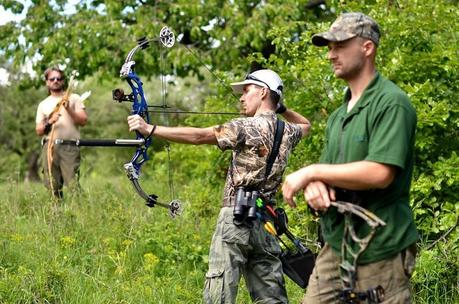 The 6 Best Beginner Compound Bows in 2020