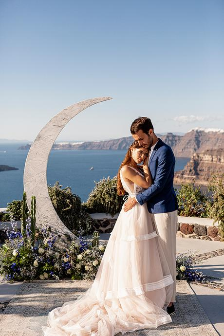 beautiful-styled-shoot-santorini-romantic-details_03