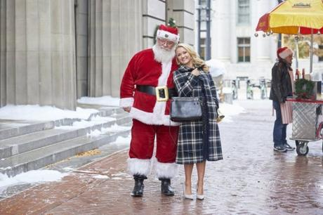 Christmas Movies List- Holiday movies to watch with family