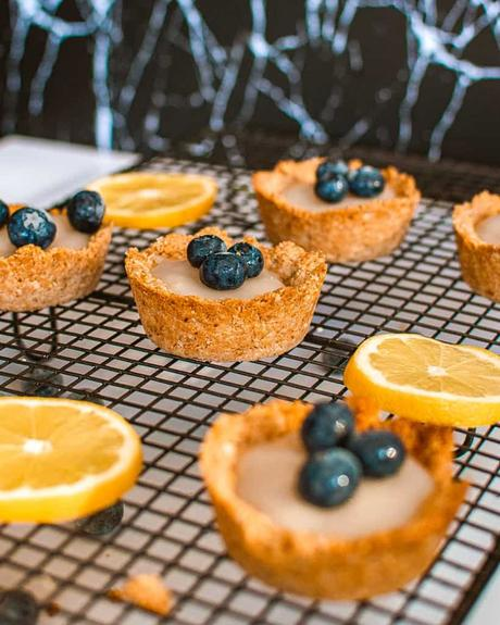 Lemon Tartlets with Coconut Milk Filling