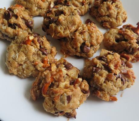 Sweet & Salty Chocolate Chip Cookies