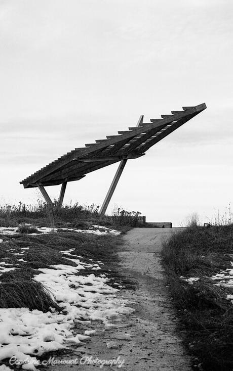 Observation mound, Eve Werier Memorial Pond, Winnipeg, Canada