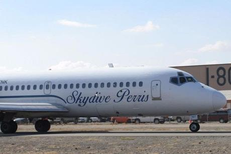 The DC-9 at Skydive Perris takes to the skies!