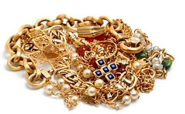 Amazing reasons to sell your gold and unwanted gold jewellery for cash