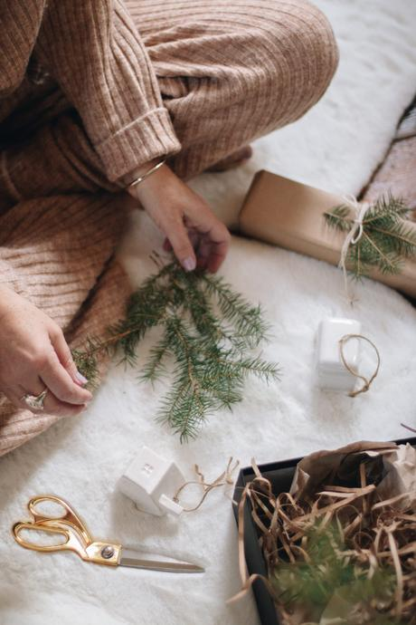 HAPPY HOLIDAYS: Five last minute gift ideas …