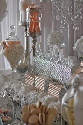 First holy communion table by trouli graphics paperblog - Decoration table de communion ...