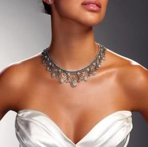 the right wedding jewelry for your gown, wedding dress jewelry