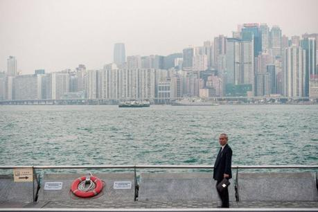 Hk_city_business_man_img_6937-800x533
