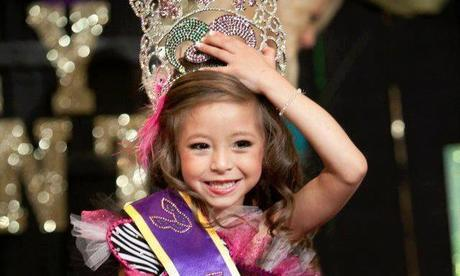 Toddlers & Tiaras: Jump Up And Try To Catch A Handful Of Crazy Beads, Because It's Time For Miss Mardi Gras Madness! Whatever Floats Your Float.
