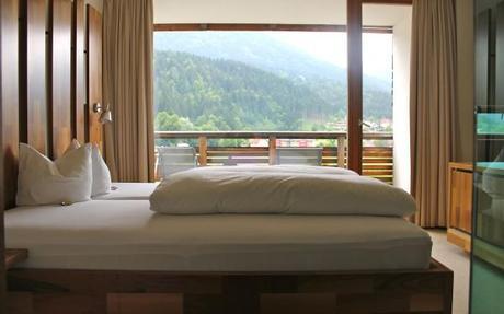 hotel and spa bleibergerhof room