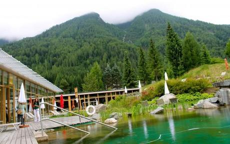 hotel and spa bleibergerhof green pool