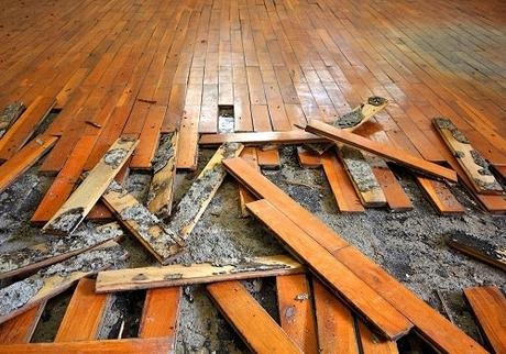 Notable signs that your house is demanding Restoration!