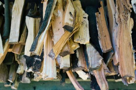 A Beginner's Guide To Firewood: All You Need To Know