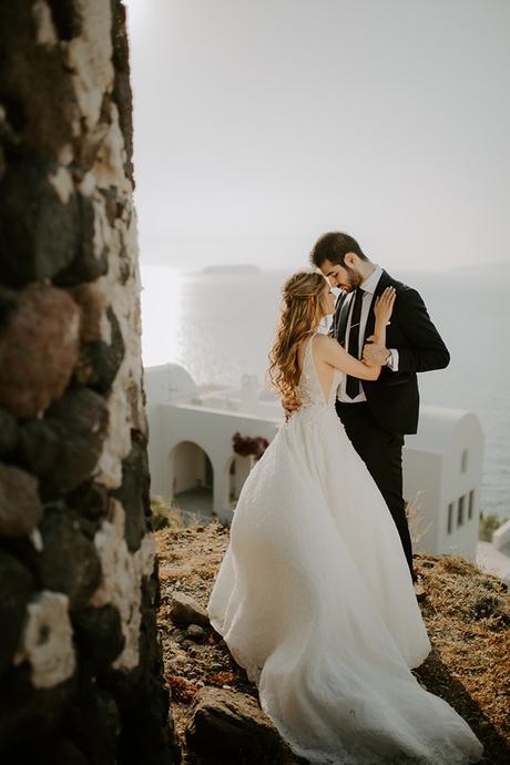 ultra-romantic-wedding-limassol-hydrangeas-fairylights_02