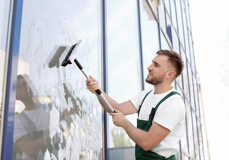 Why You Need To Use A Certified Window Cleaner