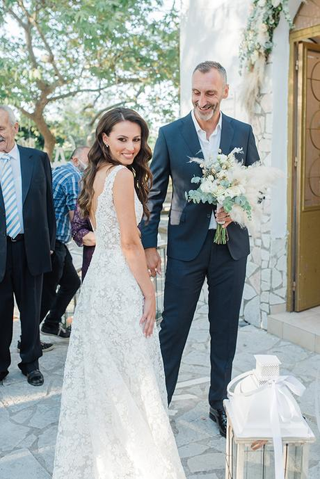 boho-inspired-fall-wedding-greece-ivory-roses_28
