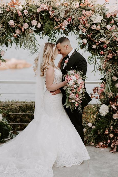 gorgeous-wedding-athens-whimsical-pastel-blooms_01x