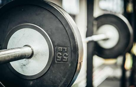 6 Best Squat Stands for Home Gyms