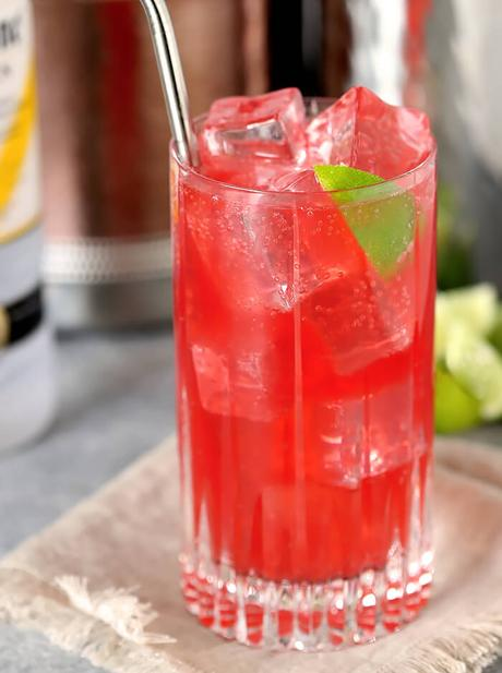 Raspberry Lime Vodka Soda