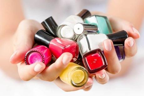 nail-polish-bottles