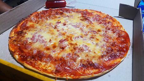 smokey bacon pizza