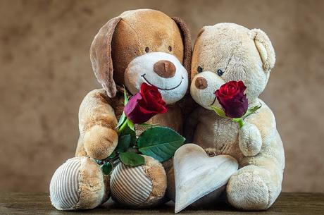 Image: Teddy bears and Roses, by Myriams-Fotos on Pixabay