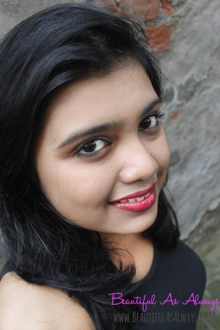 Loreal Shine Caresse Cherie | Loreal Lip Gloss Review, Swatch, Buy in India